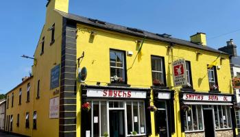 Renowned pub and restaurant for sale in Leitrim