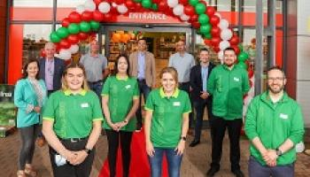 Maxi Zoo unveils new Sligo store at official opening