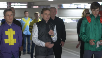WATCH: Jockeys and staff record song in memory of Pat Smullen