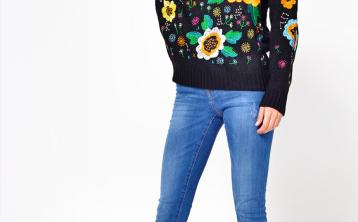 Snuggle up on St Stephen's Day with these cosy winter knits from iClothing.com and Golden Spiderweb