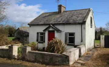 Fancy a fixer-upper? Here's five bargain properties on the market for less than €50,000