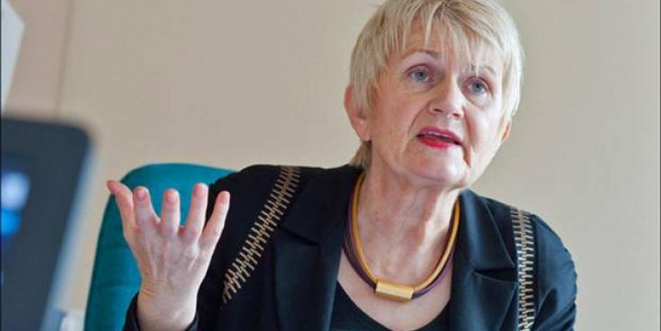 Fine Gael TD calls on Harkin to clarify her position on government
