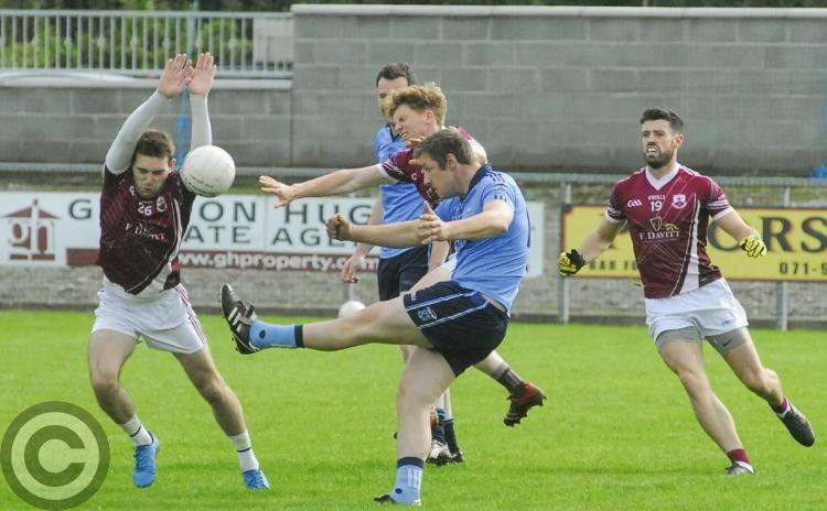 Eslin take their chances to see off Drumkeerin - GALLERY