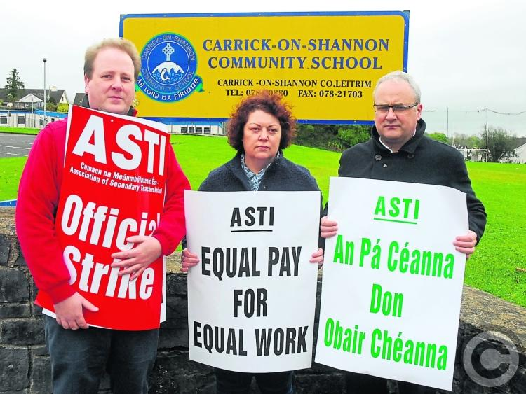 Schools to close as last-ditch strike talks fail