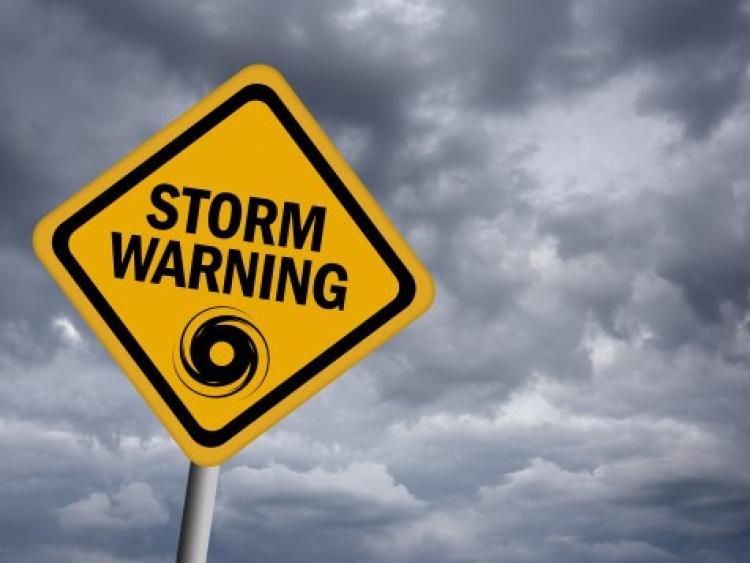 Met Eireann issues national status orange weather alert