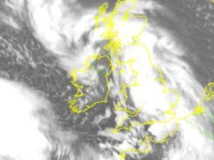 Gusts up to 120km/h expected as Storm Dylan approaches